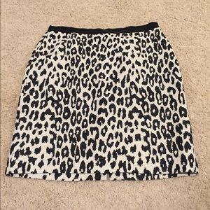 Ann Taylor leopard-print skirt.